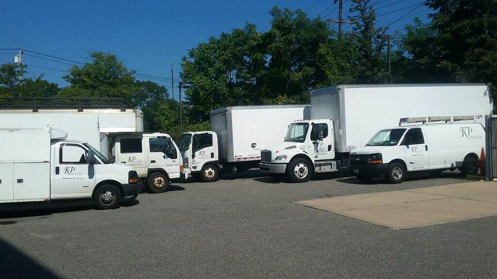 Moving Trucks for relocating services in New York